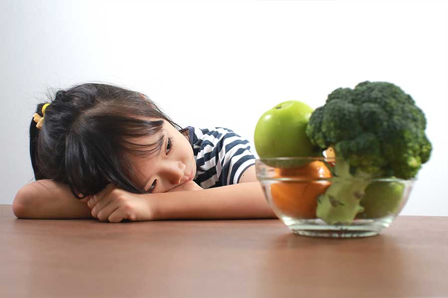 acupuncture treatment to help child & teen to eat healthy and fight obesity
