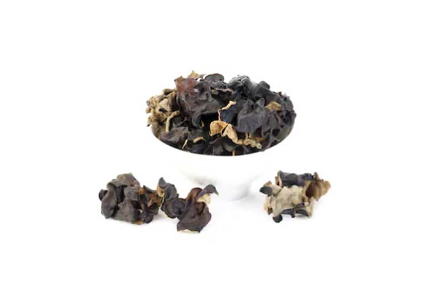 traditional chinese medicine black fungus salad